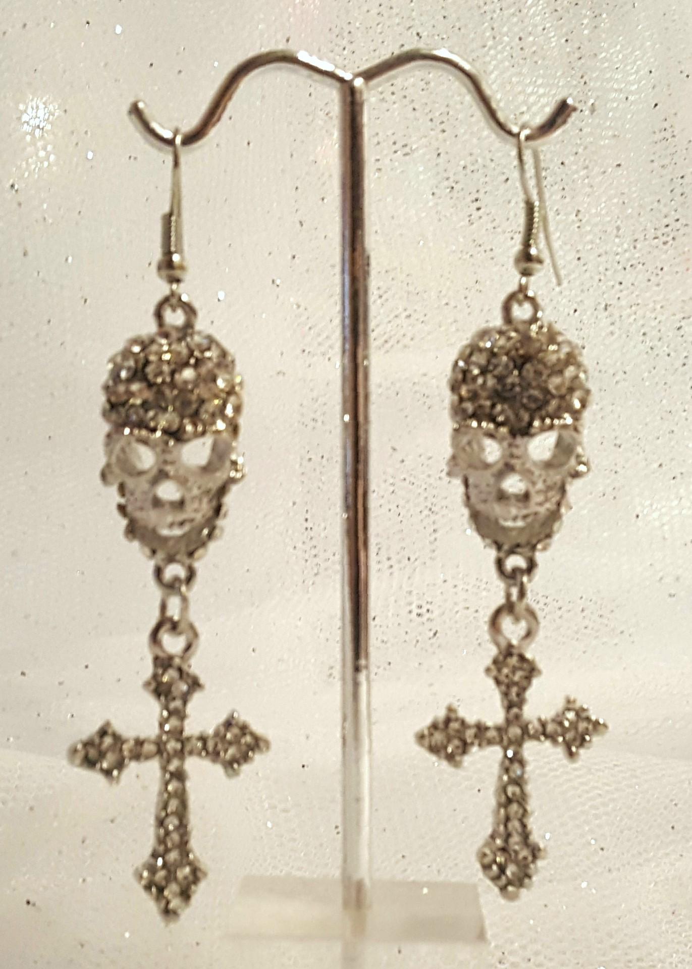 Unique silver skull rhinestone earrings 3006 Edmonton