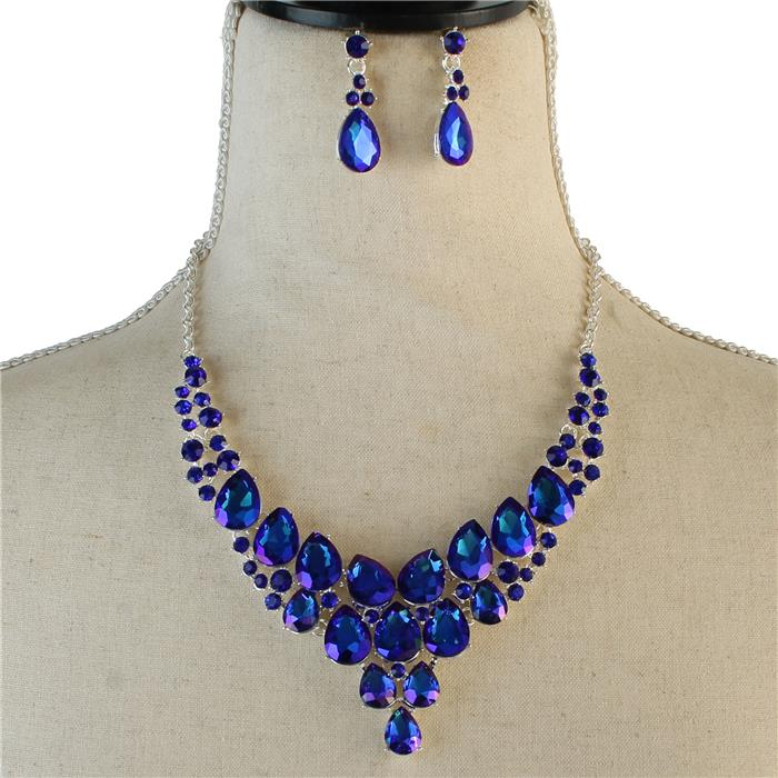 Sparkling blue rhinestone necklace matching earrings included 174081 Edmonton