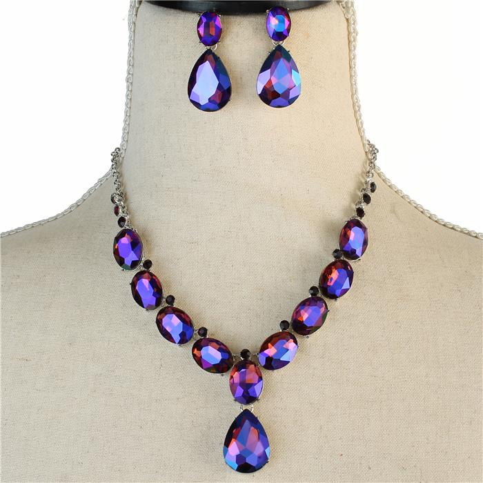 Sparkling purple rhinestone necklace matching earrings 173470 Edmonton