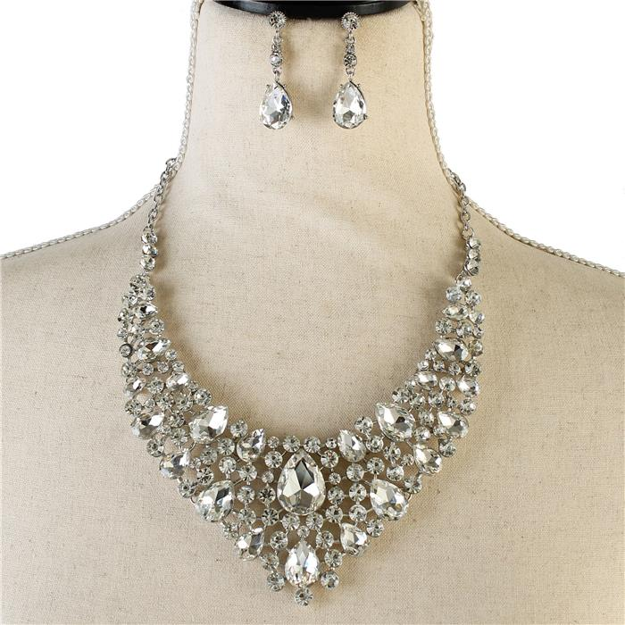 Sparkling rhinestone necklace silver matching earrings 170940 Edmonton