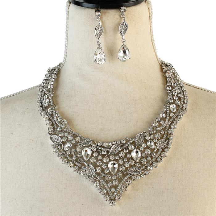 Sparkling rhinestone necklace matching earrings included 174257 Edmonton