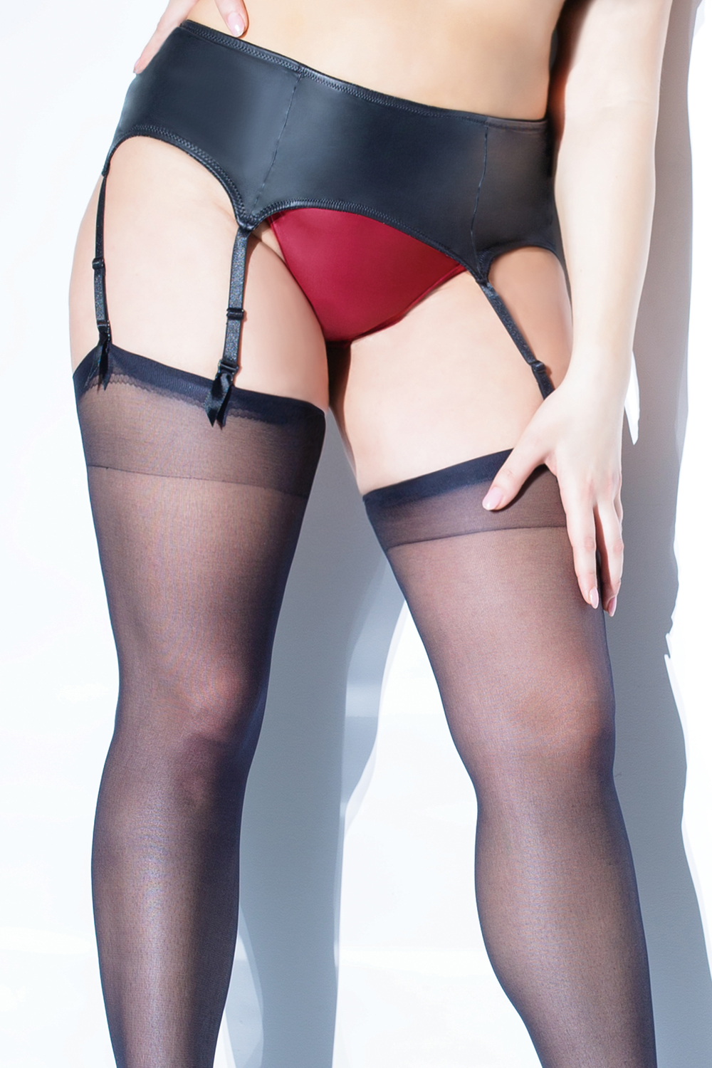 Matte wet look garter belt 9353 Edmonton