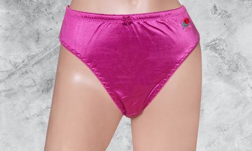 Soft, silkly women's panties for crossdressing